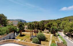 Villa in Camp de Mar - Large garden and sea views