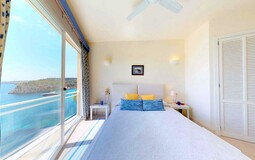 Villa in Mallorca - Bedroom with sea views