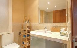 Villa in Nova Santa Ponsa - Bathroom1