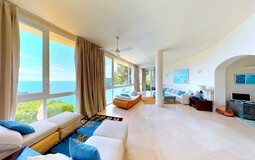 Villa in Mallorca - Large living and dining area