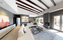 Penthouse in Nova Santa Ponsa - Living room with fireplace