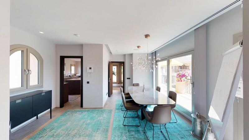 Penthouse in Nova Santa Ponsa - Spacious dining area