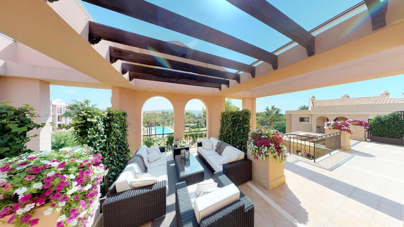 Penthouse in Nova Santa Ponsa - Sunny terrace with pool views