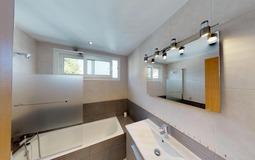 Villa in El Toro - Port Adriano - Master Bathroom