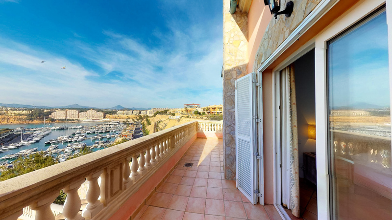 Villa in El Toro - Port Adriano - Upper balcony with port views