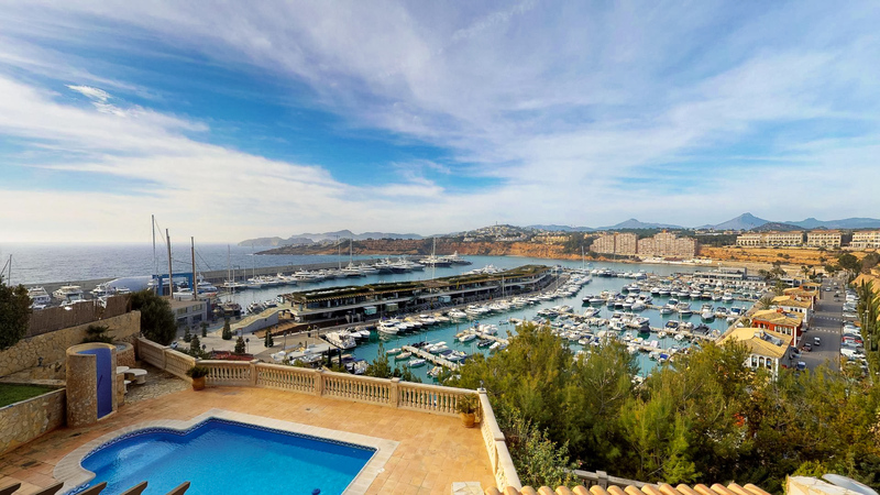 Villa in El Toro - Port Adriano - Views of the port and sea