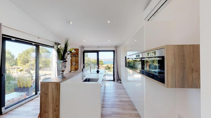 Villa in Santa Ponsa - Kitchen with sea views