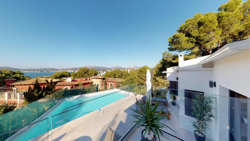 Villa in Santa Ponsa - Modern Villa with sea views