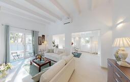 Villa in Portals Nous - Living room