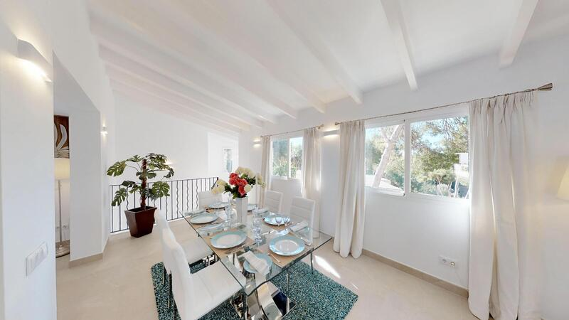 Villa in Portals Nous - Dining room