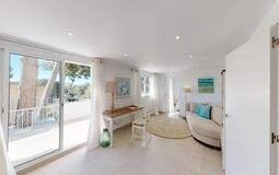 Villa in Portals Nous - Lower living room